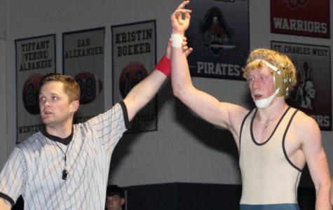 Holt Varsity Wrestlers Already Aspiring for State