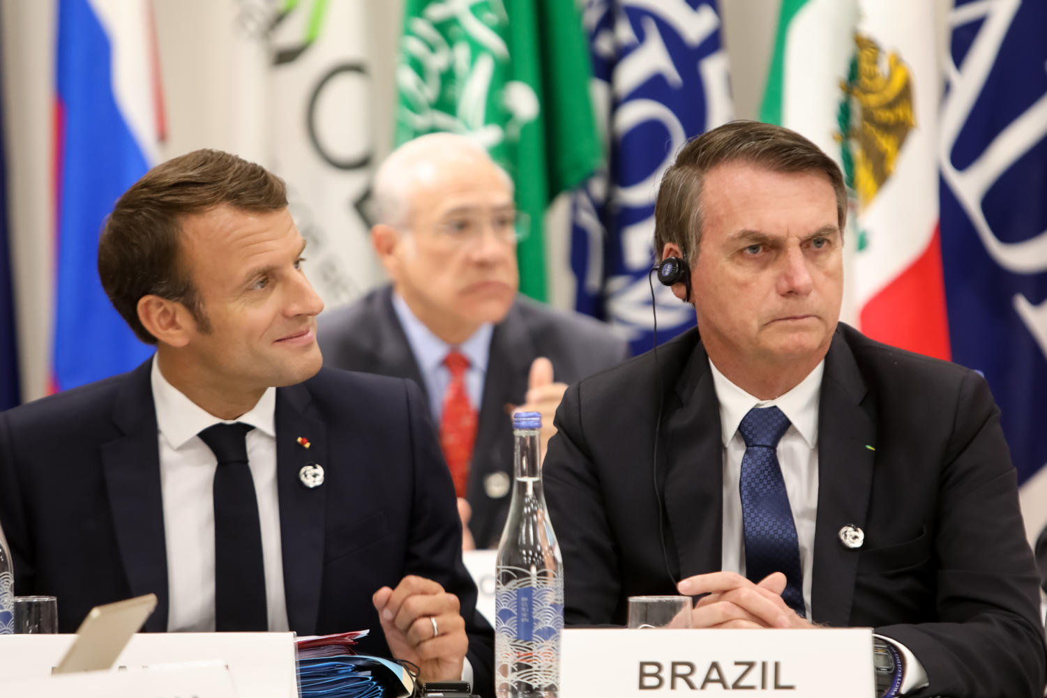 French President Emmanuel Macron (left) and Brazil President Jair Bolonsaro (right) at the G20 summit.