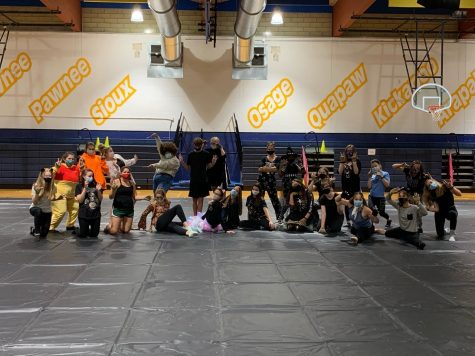 The Holt 2020 Color Guard celebrates Halloween by having a party at their last fall practice.