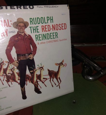 One song that can be considered to be one of the most well known Christmas songs, is Rudolf the Rednosed Reindeer